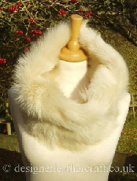 cream toscana shearling snood