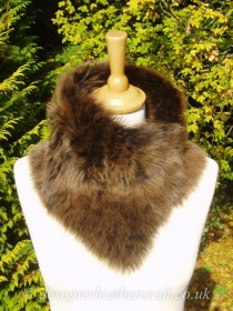Amandari Toscana Shearling Tippet T18 Fastens with Magnets