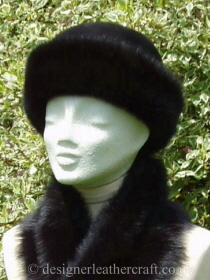 Black Toscana Shearling Topper Hat