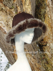 Brown Brisa Toscana Shearling Hat with a Wide Brim