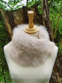 Marron Glace Toscana Shearling Tippet T46 Fastens with Magnets