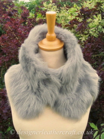 Silver Grey Toscana Shearling Tippet T32 Fastens with Magnets