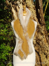 Suede Side of the 49 inch Honey Brisa Toscana Shearling Scarf