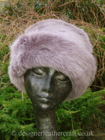 Topper Hat in Lilac Toscana Shearling